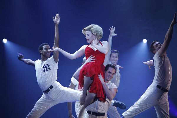 smash serie television the national past time megan hilty